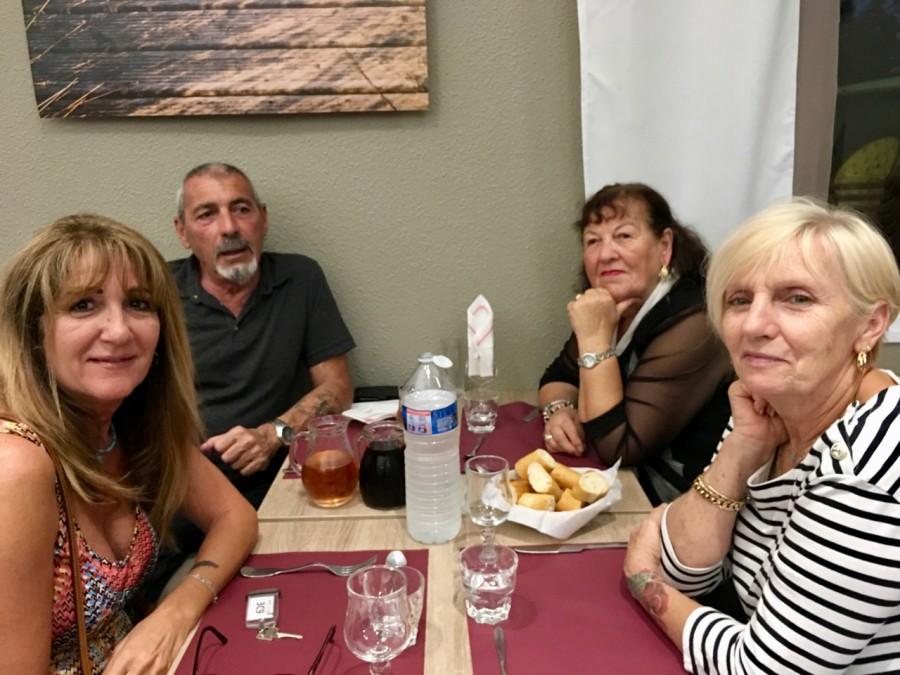 Le dîner à Aigues-Mortes, bon appétit !